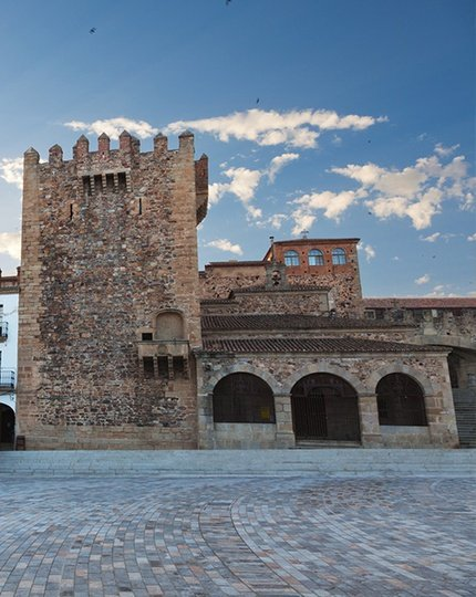 Visit Extremadura! A land of contrasts Artistic, natural and cultural ...